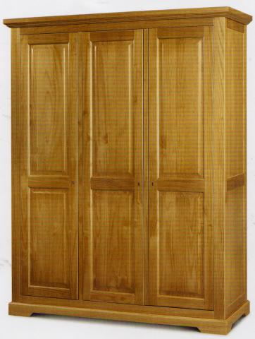 3_door_robe_antique_pine.jpg
